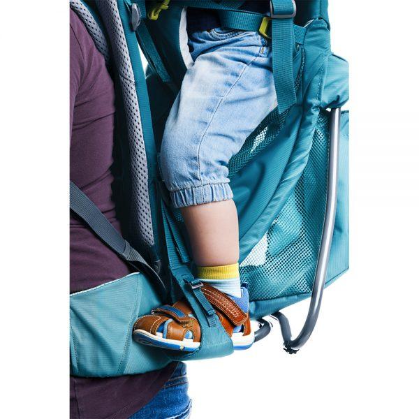 Nahrbtnik-za-nosenje-otrok-Deuter-Kid-Comfort-Active-SL-Denim3